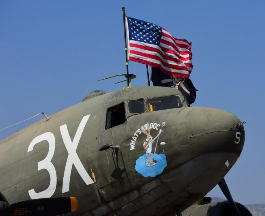 C-47 Flag (low)_00001.jpg