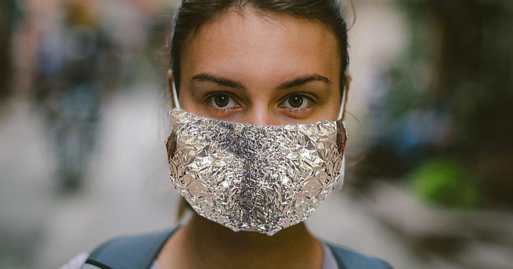 cdc-tin-foil-mask.jpg.8dcc35b5cc994edf9b58767c1dd92b04.jpg
